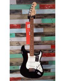 Fender Player Stratocaster PF Electric Guitar, 014-4503-506, Black
